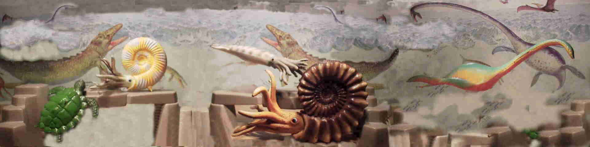 Ammonites and a Belemnite from Bullyland, and a Plesiosaurus from the Laramie play set, strongly reminiscent of the Invicta figure.